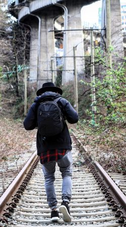 Walk that straight path